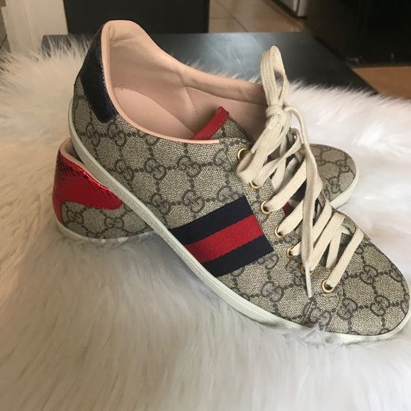 1c0fd732a8b67 Gucci Shoes - Womens Gucci New Ace Supreme Sneakers Size 39!